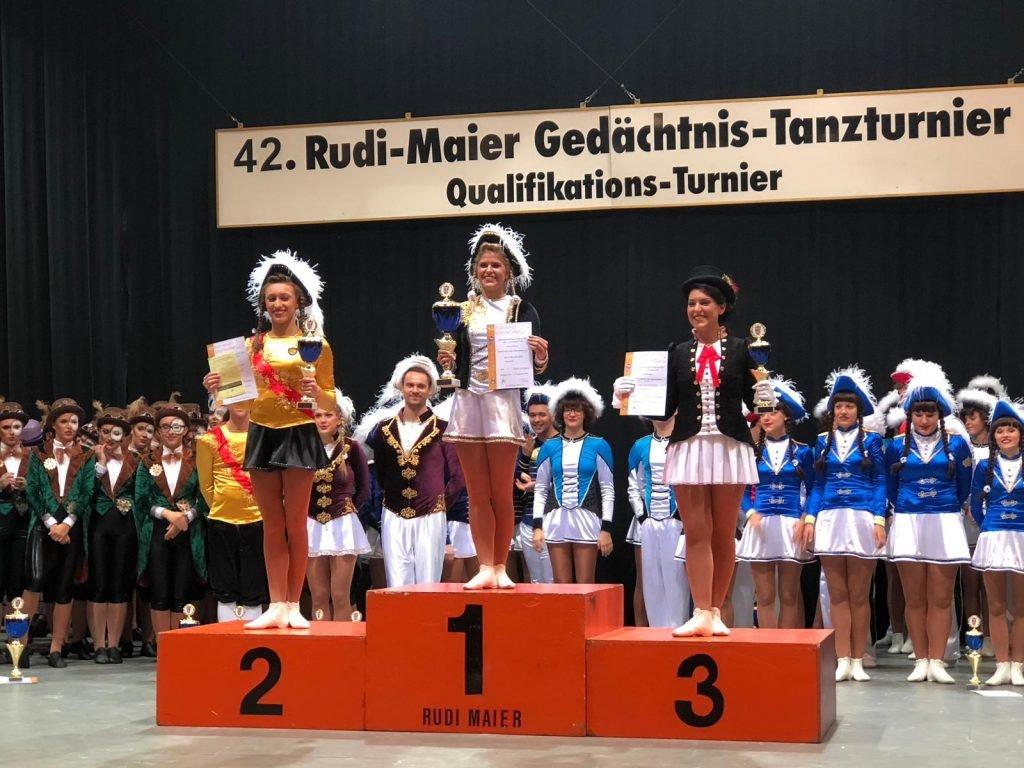 Siegerehrung Tanzmarichen Ü15 Reilingen