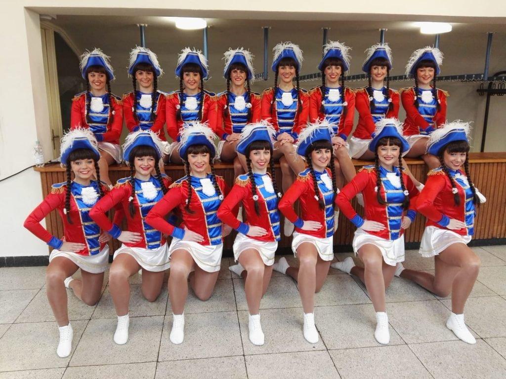 Weibliche Garde beim Turnier in Pforzheim 2018
